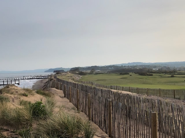 The beach fence and 6th fairway
